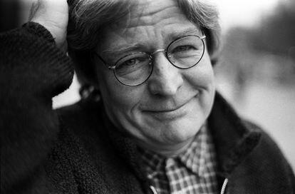 El cineasta inglés Alan Parker, en Londres, en 1994.