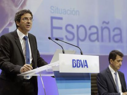 El economista jefe del Grupo BBVA, Jorge Sicilia, y el economista jefe de Economías Desarrolladas de BBVA Research, Rafael Doménech.