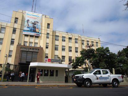 El Ministerio de Salud de Perú, en Lima.