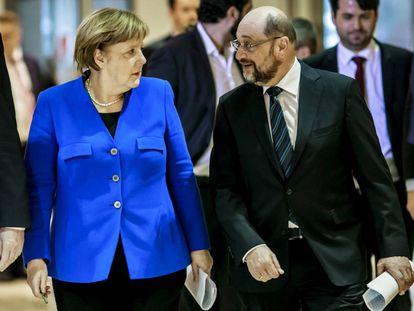 Angela Merkel con Martin Schulz.