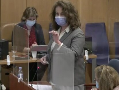 Carla Antonelli este lunes en la comisión de políticas de la Asamblea de Madrid