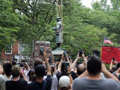 La ciudad de New Haven, Estados Unidos, retira la estatua de Cristóbal Colón el pasado septiembre para evitar altercados por las protestas raciales