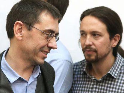Juan Carlos Monedero, el pasado viernes en Madrid junto a Pablo Iglesias.