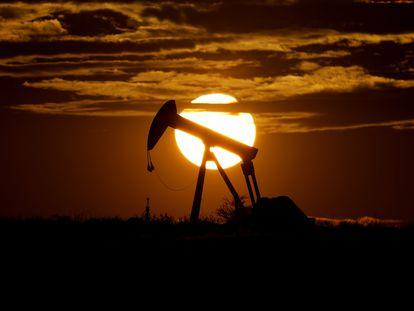 Un pozo petrolero en Karnes City (Texas, EE UU).