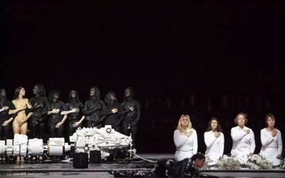 Imagen del montaje de 'Moisés y Aarón' en la Ópera Nacional de París.