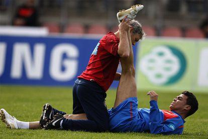 Pepe, con el preparador físico de la selección portuguesa