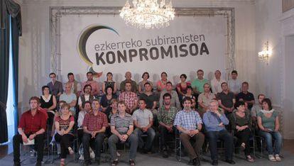 Representantes de Amaiur en la presentación de un acuerdo para profundizar en su colaboración, ayer en San Sebastián.