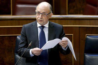 El ministro Montoro, en la sesión de control al Gobierno en el Congreso.