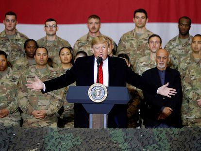 Foto de archivo de Donald Trump en Afganistán.