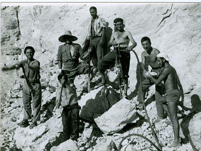 Campo de trabajo del SUT en Ulldecona (Tarragona), en 1958.