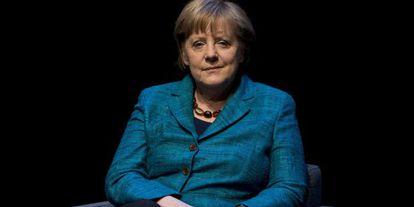 La canciller Angela Merkel es entrevistada el jueves en un acto público en Berlín.