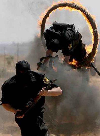 Milicianos de la Yihad Islámica se entrenan ayer en la ciudad de Gaza.