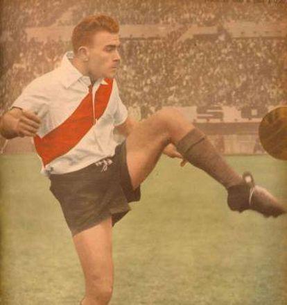 Di Stéfano con la camiseta de River Plata, hacia finales de los años 40.