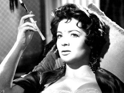 Sara Montiel en una escena de 'El último cuplé'