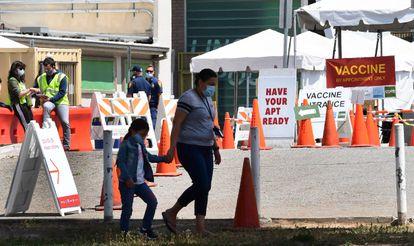 Centro de vacunación en Los Ángeles (California), el 27 de abril.