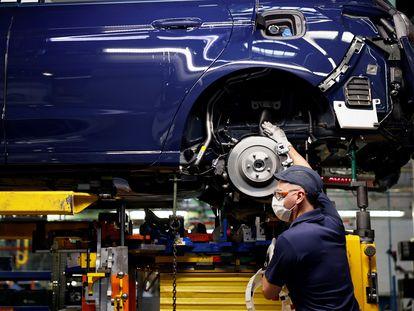 Imagen de la fábrica de Ford en Almussafes (Valencia), este miércoles.