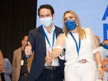 El secretario de Organización del PP, Teodoro García Egea, y la nueva presidenta del PP en Castellón, Marta Barrachina, este sábado.