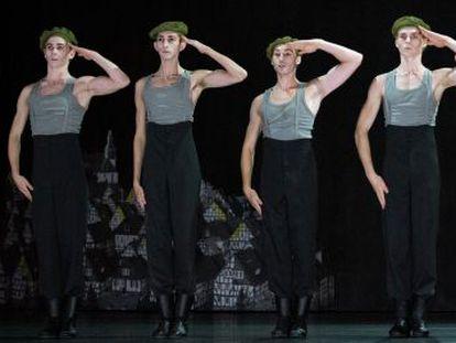 Una escena de 'Woyzeck' interpretada por el Ballet de Zúrich.