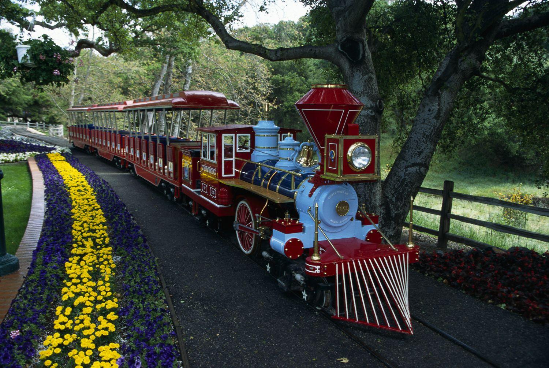 Una de las locomotoras que surcaba las vías de la Neverland Valley Railroad.