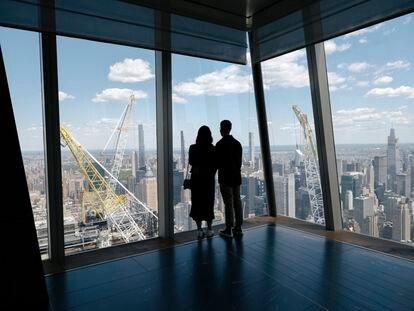 Nunca hubo tantas oficinas libres en Manhattan, que dependía de 1,6 millones de transeúntes diarios. Su precio se ha desplomado.