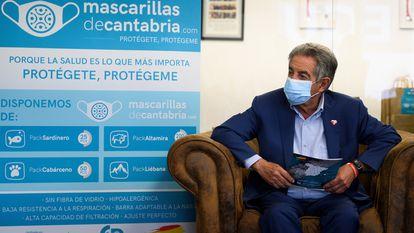 El presidente de Cantabria, Miguel Ángel Revilla, durante un acto en Guarnizo.