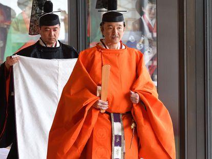 El príncipe Fumihito, en la ceremonia de la entronización de Naruhito, en Tokio el pasado octubre.