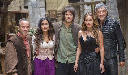 Los protagonistas de la serie 'Águila Roja'.