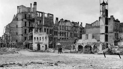 Vista de las ruinas de Gdansk tras la Segunda Guerra Mundial.