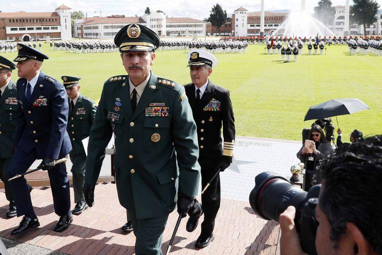 El excomandante del Ejército colombiano, mayor general Nicacio Martínez, durante una ceremonia militar en Bogotá.