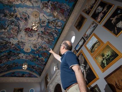 Miguel Sevillano se ha construido su propia 'Capilla del Arte' para pintar  él mismo su propio homenaje a la Capilla Sixtina, un proyecto en Olvera (Cádiz) que ha realizado con sus propios medios y le ha llevado diez años