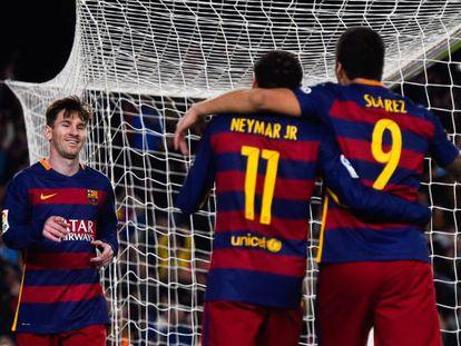 Suárez, Neymar y Messi, celebrando un tanto contra la Real Sociedad.