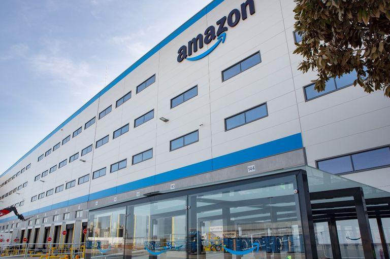 Centro logístico de Amazon en Dos Hermanas, Sevilla.