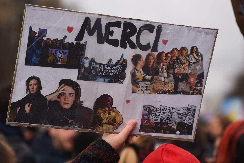 Adèle Haenel, en los carteles de manifestaciones feministas.