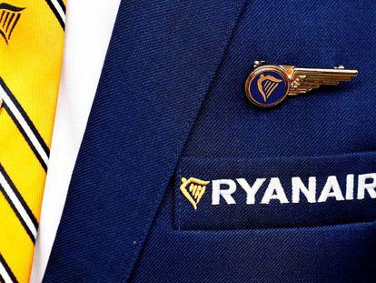 Un tripulante de cabina de Ryanair.