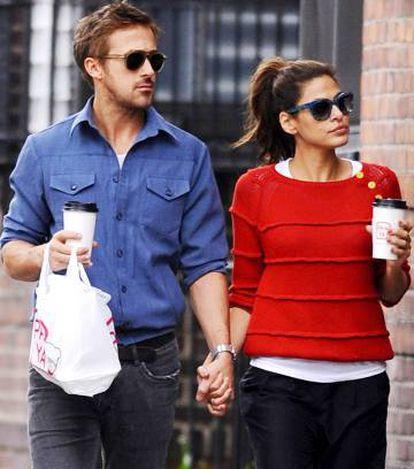 Ryan Gosling, junto a Eva Mendes en Nueva York.