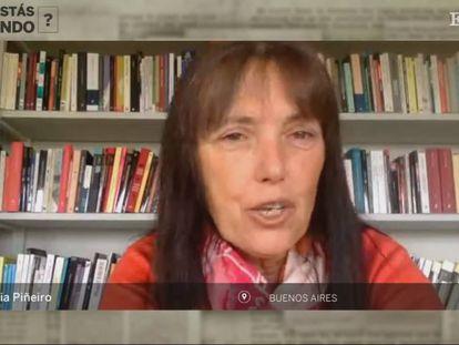 Claudia Piñeiro conversa con Babelia desde su casa en Argentina.