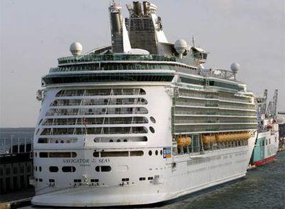 El crucero tiene dos pasajeras con nueva gripe.