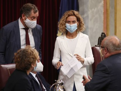 La presidenta de la Cámara Baja, Meritxell Batet, al término de la sesión plenaria en el Congreso de los Diputados, el pasado 1 de octubre.