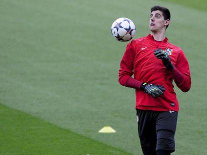 Courtois, en el entrenamiento previo al partido contra el Barça.