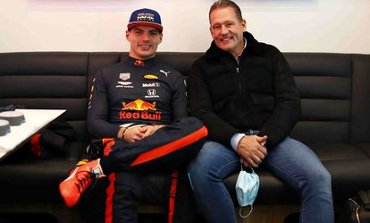 Max Verstappen, junto a su padre y expiloto de Fórmula 1 Jos. getty