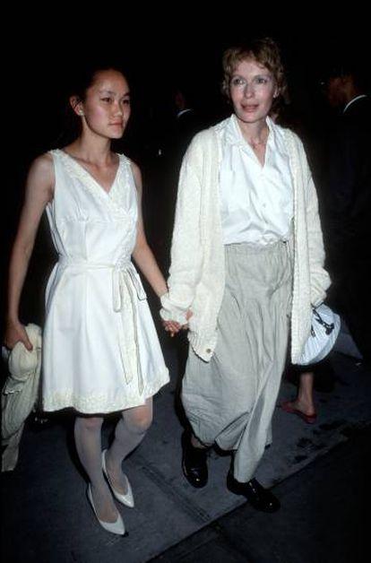 Soon- Yi Previn y Mia Farrow en 1991.
