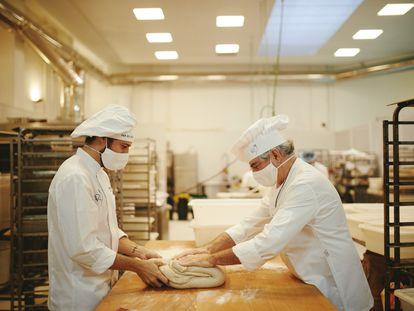 Interior de la panadería Pan Delirio