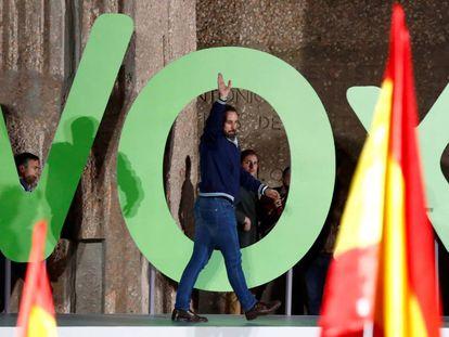 Santiago Abascal, líder de Vox, en el acto de cierre de campaña de las elecciones generales.