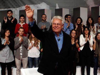González pide un PSOE más al centro