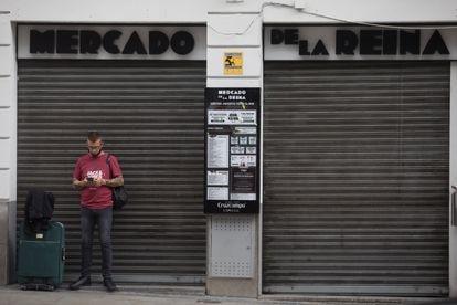 Un local cerrado en la Gran Vía madrileña, el pasado 24 de septiembre.