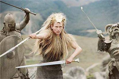 La actriz Tilda Swinton (la Bruja Blanca), en un fotograma de la película <i>Las crónicas de Narnia. </i>