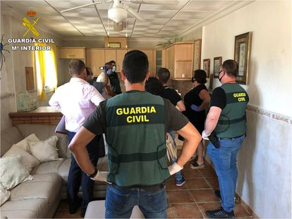 Fotografía de archivo de la Guardia Civil en la reconstrucción de un crimen.