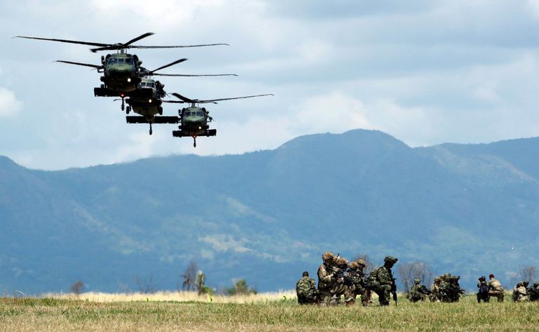 Soldiers, the armies of Colombia and the United States participate in joint military exercises at the Tolemaida National Training Center (Colombia).