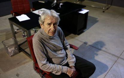 El actor José Sacristán, tras un ensayo de 'Muñeca de porcelana'.