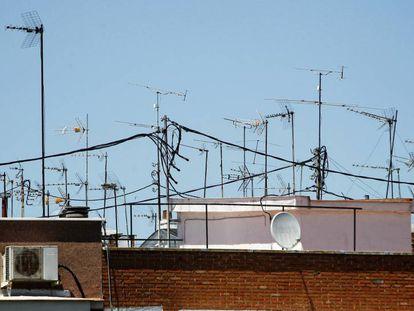 Antenas colectivas de televisión.